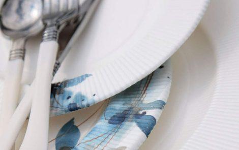 Set piatti e bicchieri fiori blu coordinati extra righe Rosati Carta